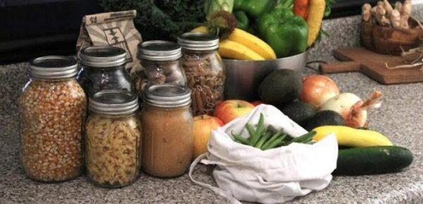 ▲使用零包裝的生鮮產品。圖片來源:Mega Vrac