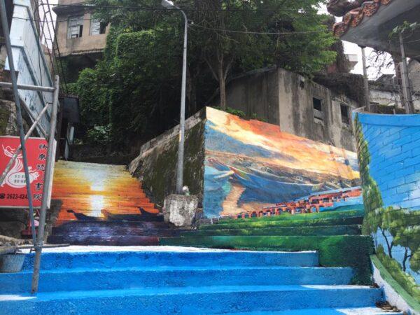 ▲淡水福佑宮旁巷道進行的3D彩繪(照片來源:黃瑞茂)